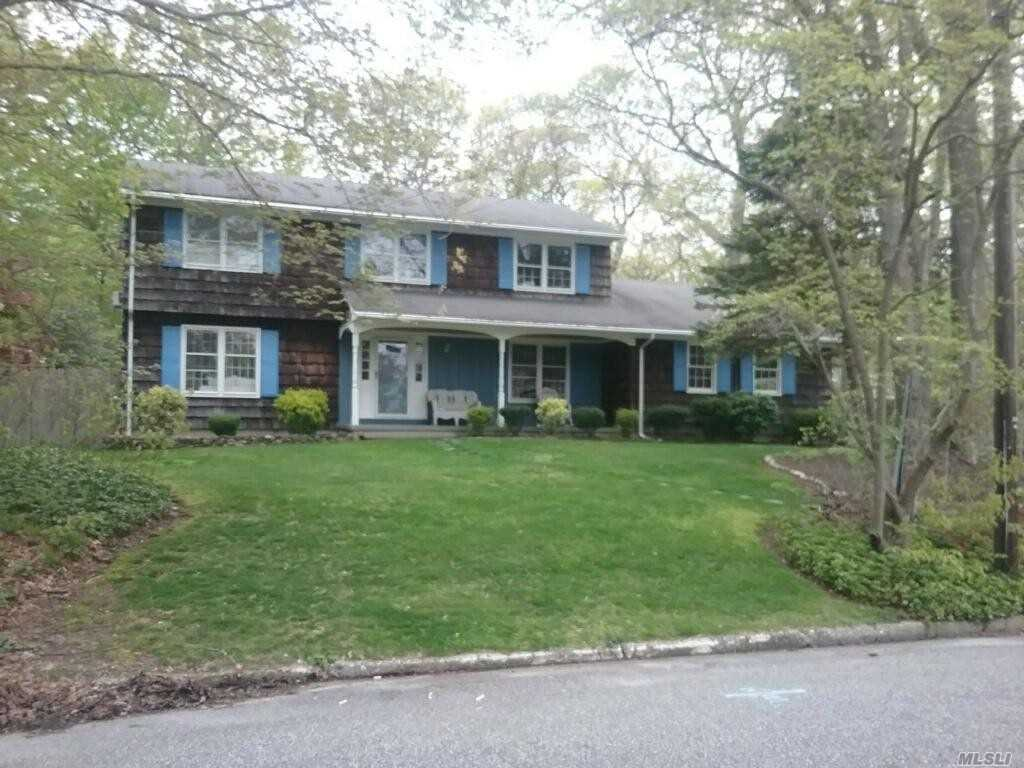 33 Woodland Rd - Miller Place, New York