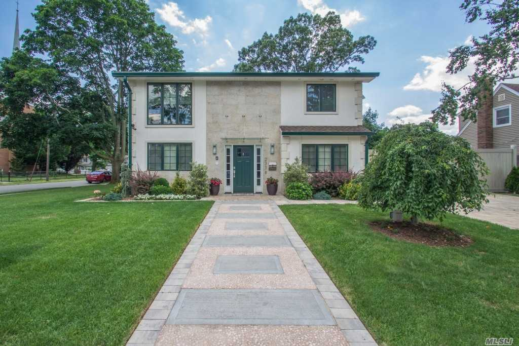 2378 5th St - East Meadow, New York