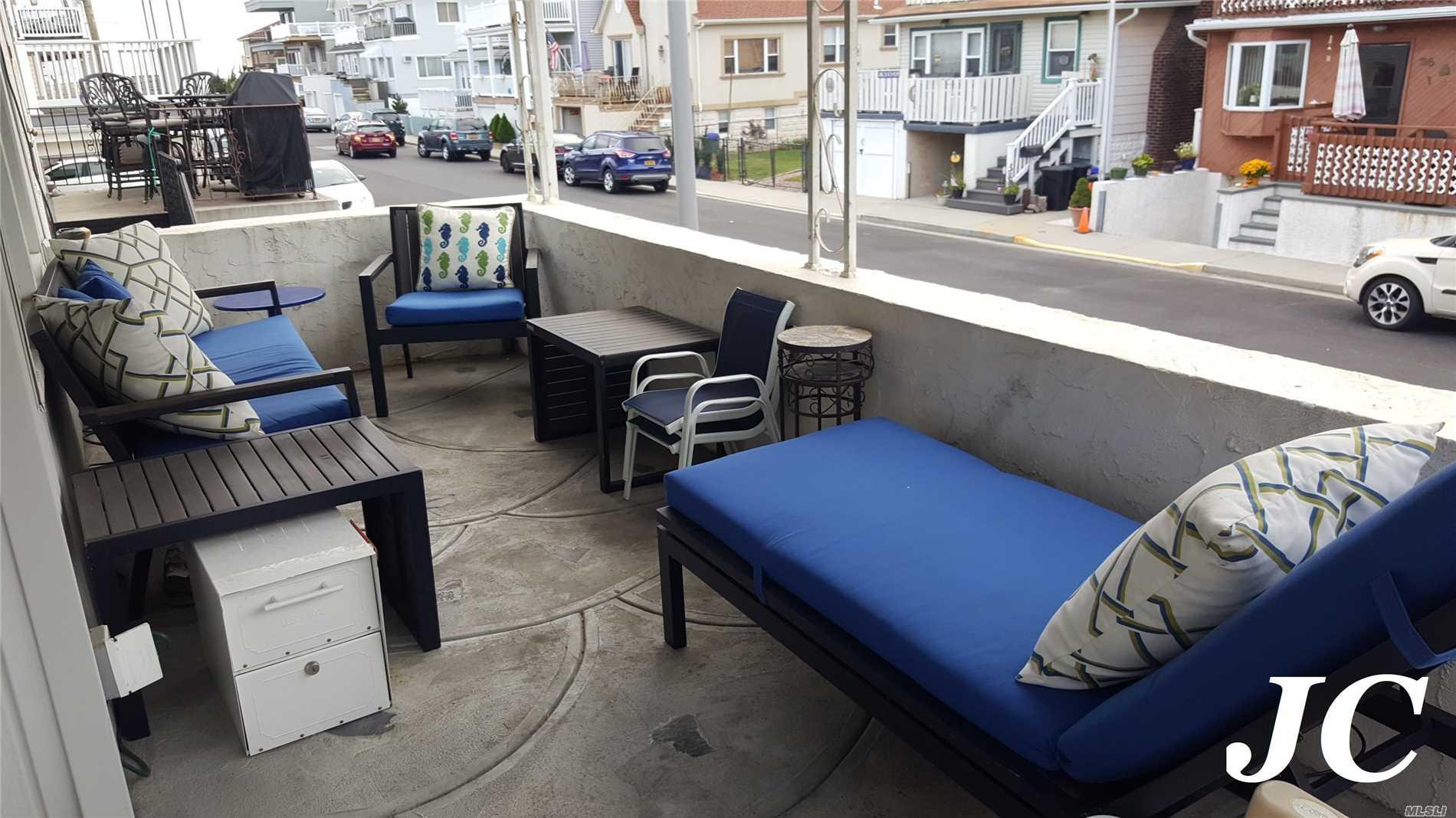 36 Connecticut Ave, House - Long Beach, New York