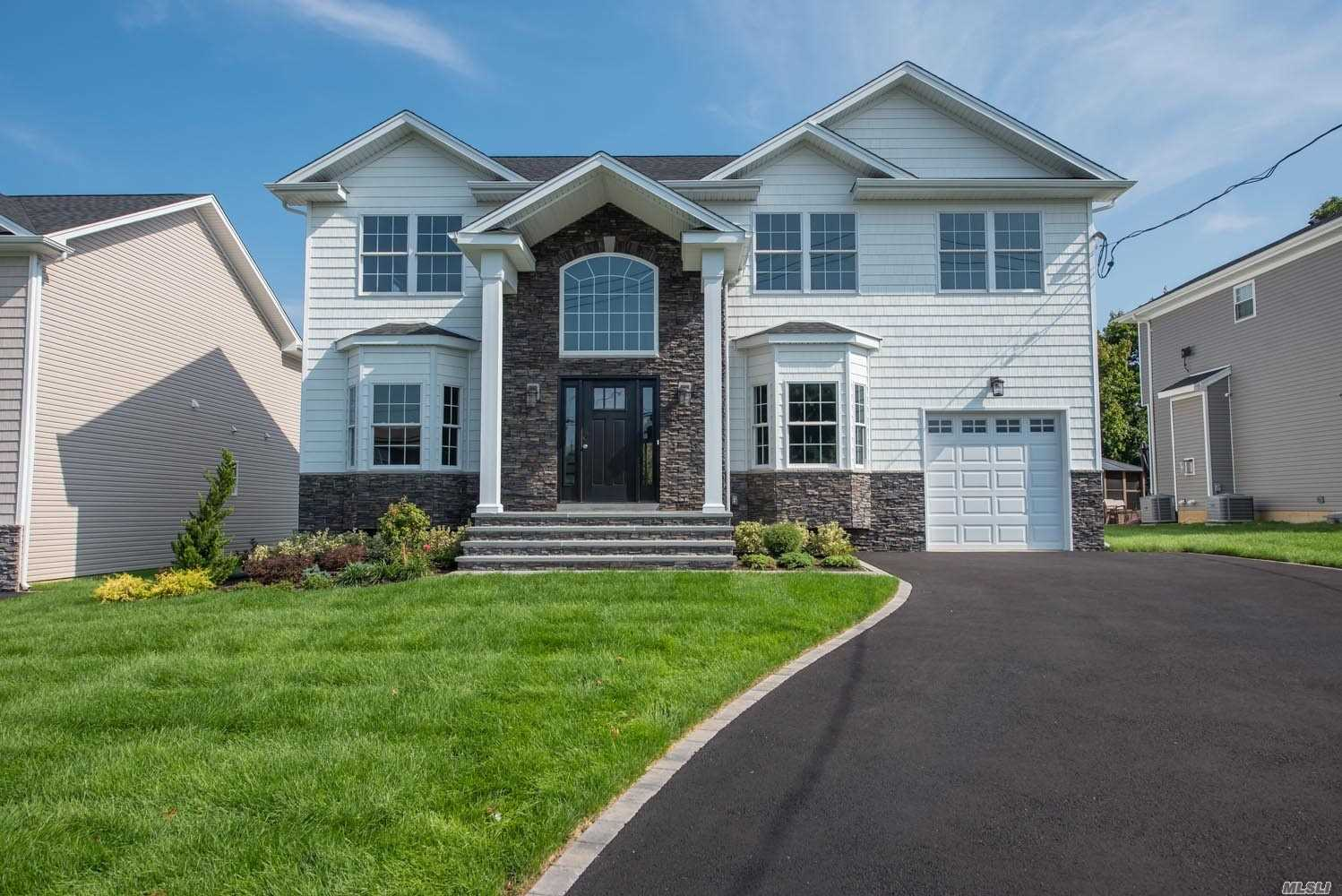 37 Convent Rd - Syosset, New York