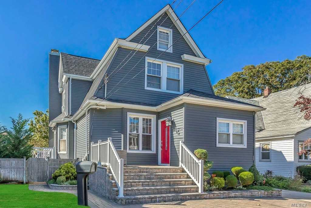 299 Vincent Ave - Lynbrook, New York