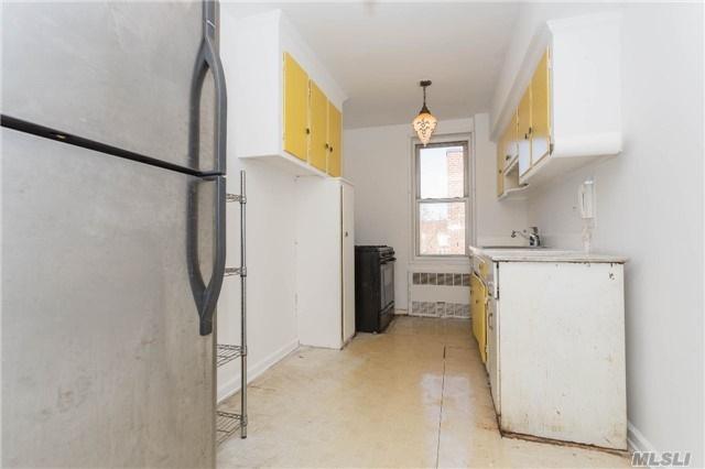 33-24 91 Street, 6S - Jackson Heights, New York