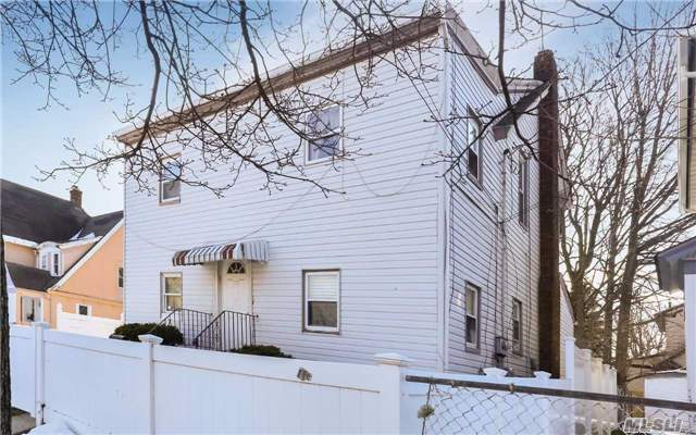 209 Washington St - Hempstead, New York
