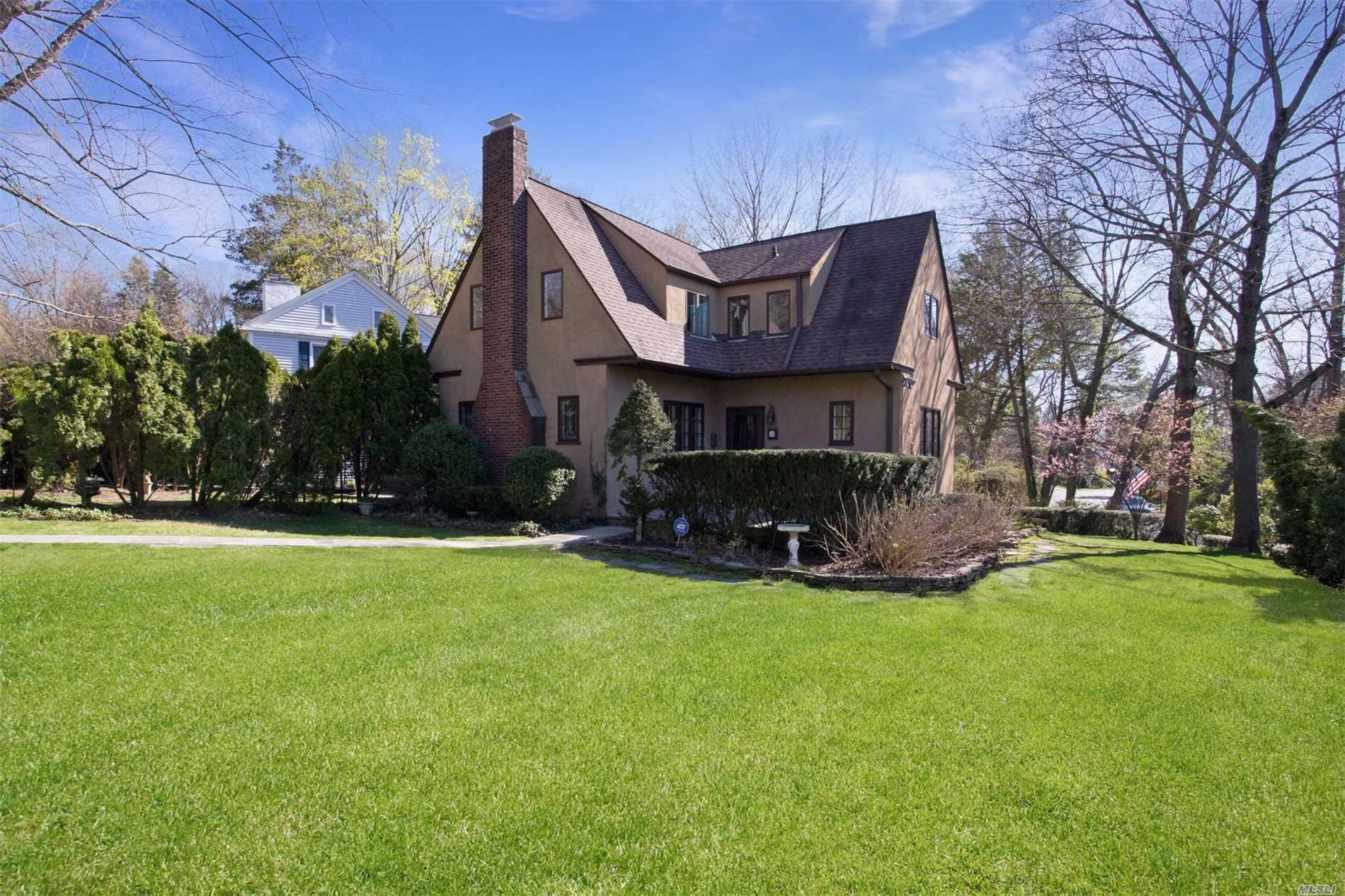 Barbara Chmil | Garden City Real Estate, Garden City South Real ...