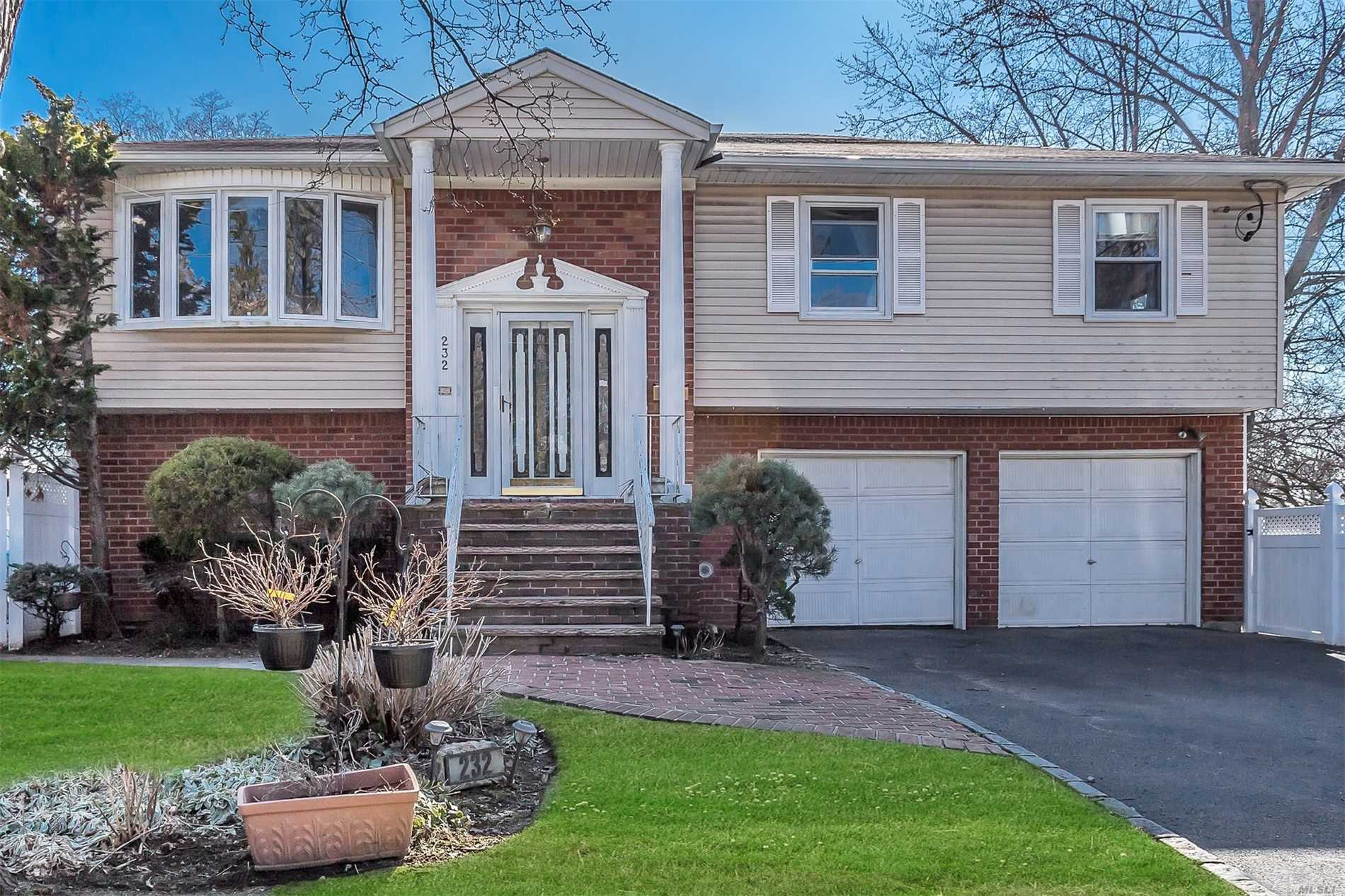 232 Locust St - W. Hempstead, New York