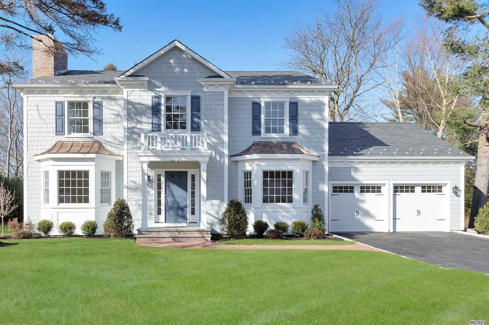 131 Trumbull Rd - Manhasset, New York