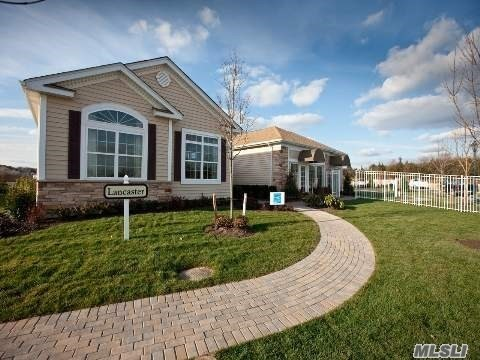 Property for sale at 22 Hamlet Woods Dr, St. James,  New York 11780