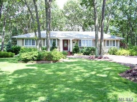 61 Grassy Pond Dr - Smithtown, New York