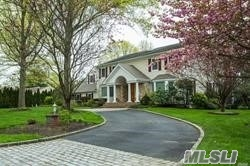 19 Branwood Dr - Dix Hills, New York