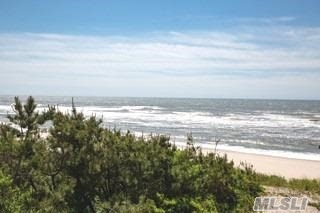 Property for sale at 101 Dune Rd, East Quogue,  New York 11942