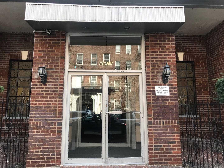 88-12 Elmhurst Ave, 5P - Elmhurst, New York