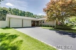22 Bonnie Ln - Stony Brook, New York