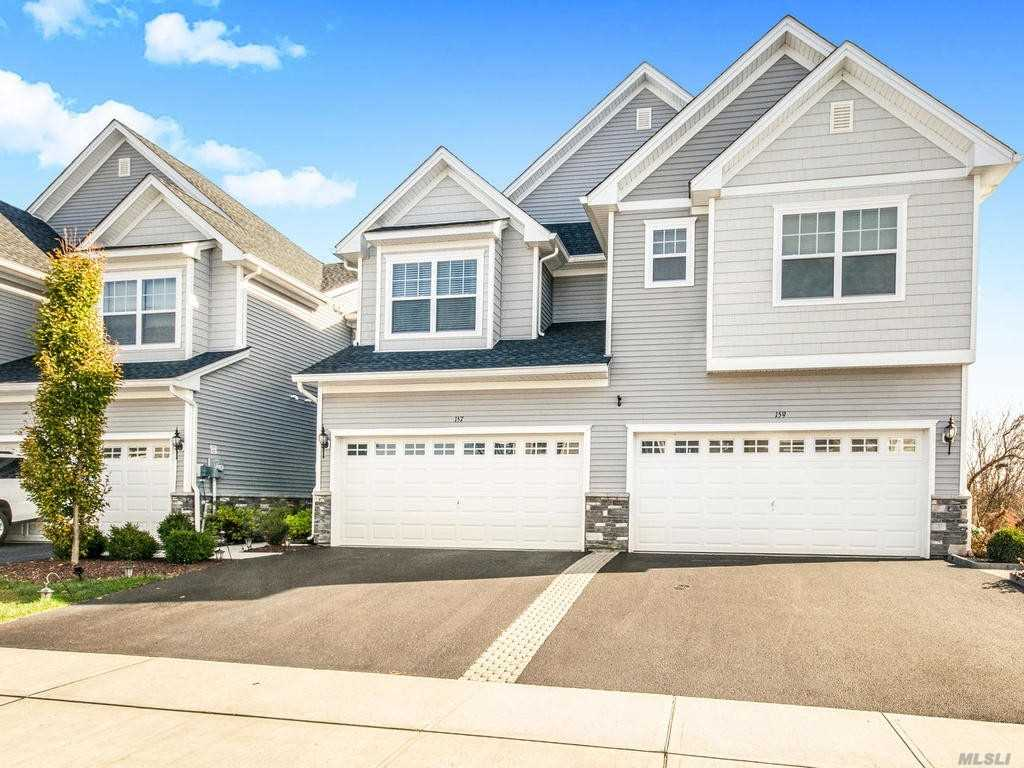 157 Meadow View Dr - Out Of Area Town, New York