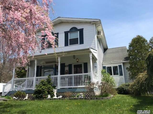 624 Myrtle Ave - West Islip, New York
