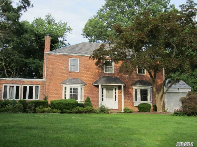 116 Dover Rd - Manhasset, New York
