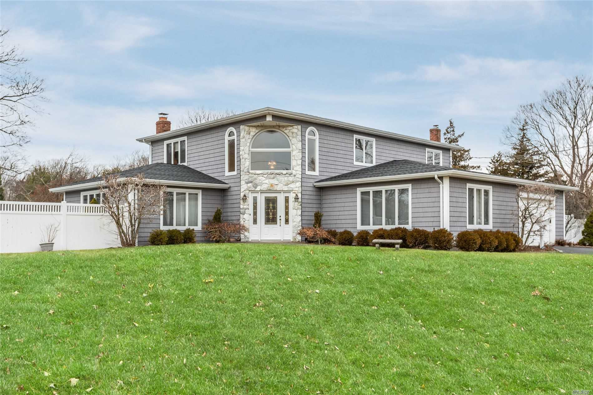 226 Bay Ave - Bayport, New York