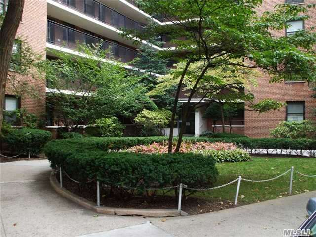 Sold: 35-51 85th St, Jackson Heights, NY 11372 #4C