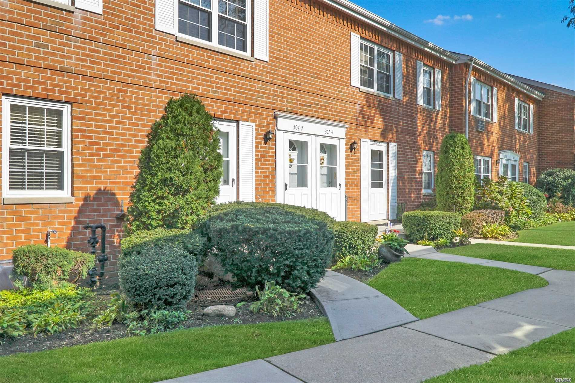 307 Hicksville Rd, 6 - Bethpage, New York