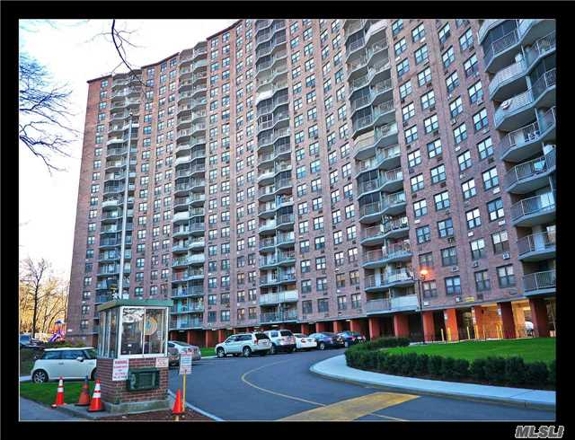 Sold: 90-60 Union Turnpike, Glendale, NY 11385 #14A