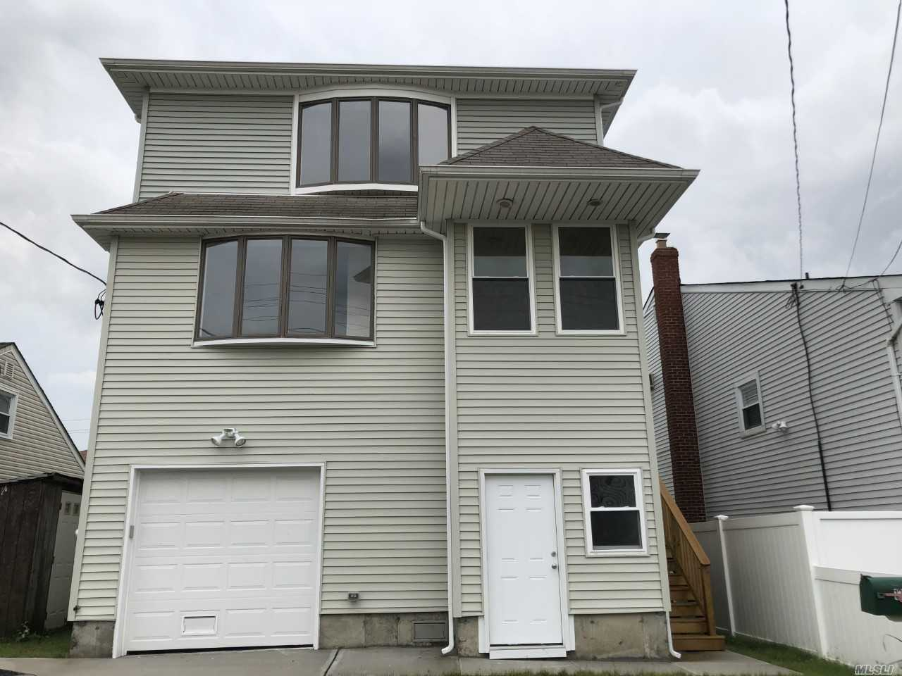 131 Waterford Rd - Island Park, New York