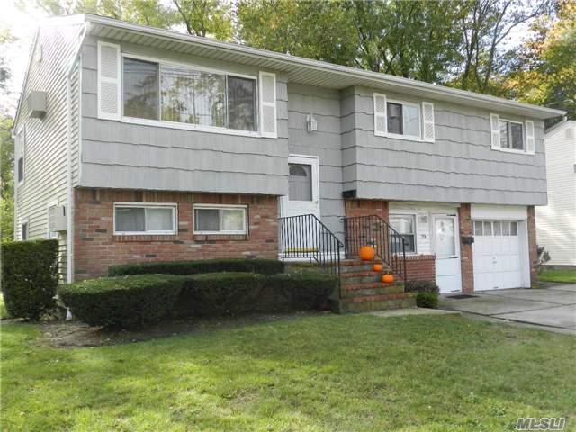 79 Oak St - Amityville, New York