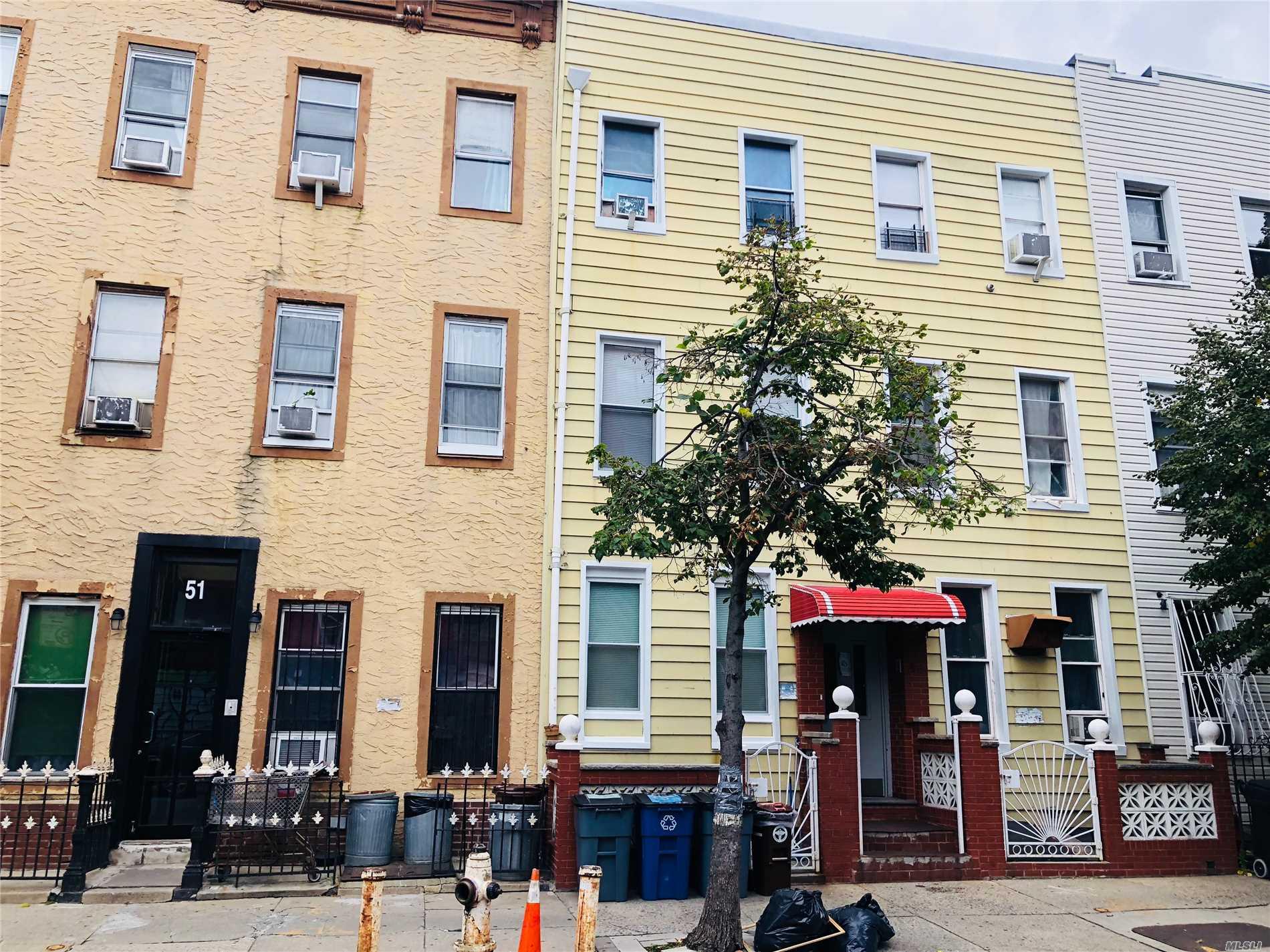 53 Ten Eyck St, 2L - Brooklyn Other, New York