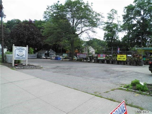 174 Main Street St - Kings Park, New York