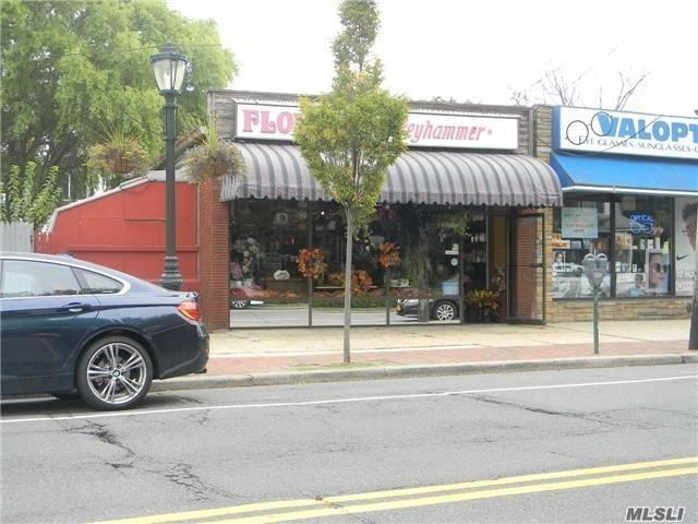 220 Hempstead Ave - Lynbrook, New York