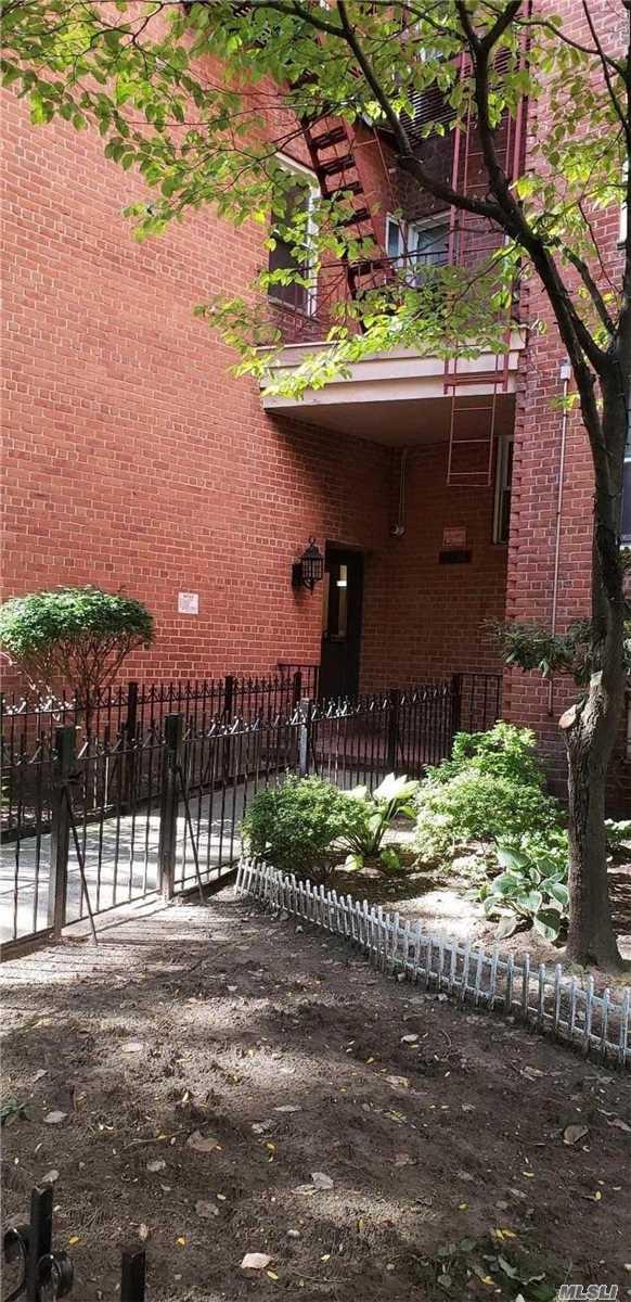 33-26 82 St, 6C - Jackson Heights, New York