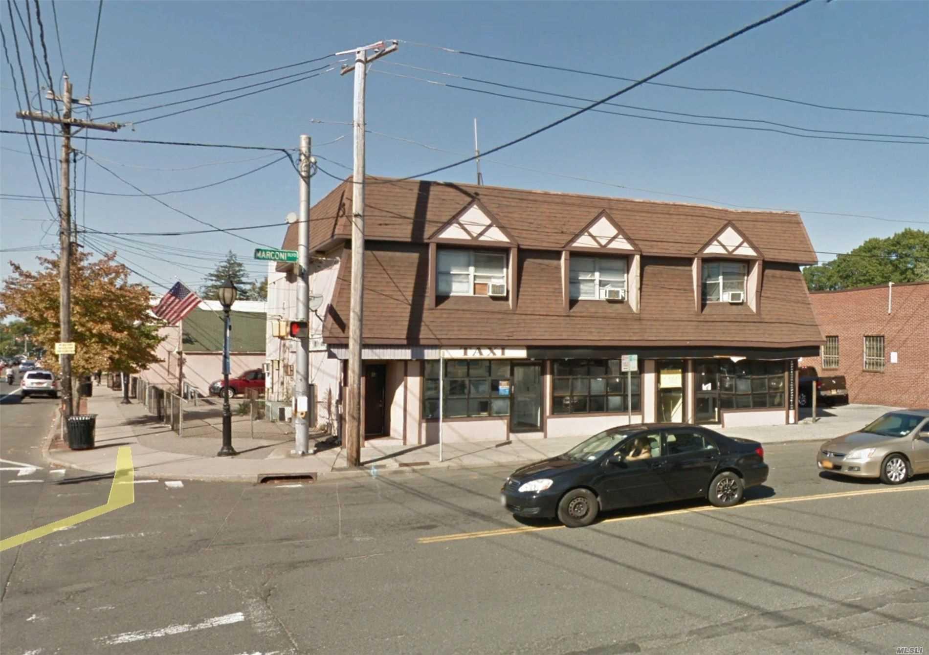 603 Marconi Blvd - Copiague, New York