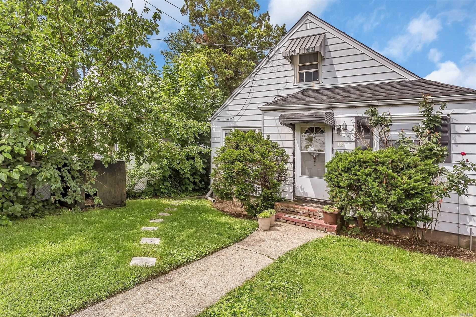 12 Spruce St - W. Hempstead, New York