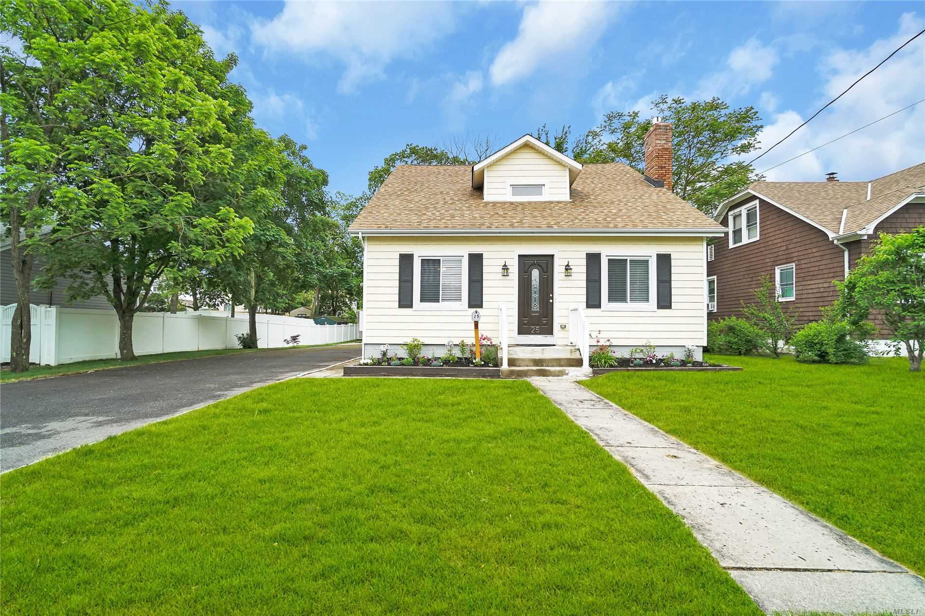 25 S Summit Ave, 2 - Patchogue, New York