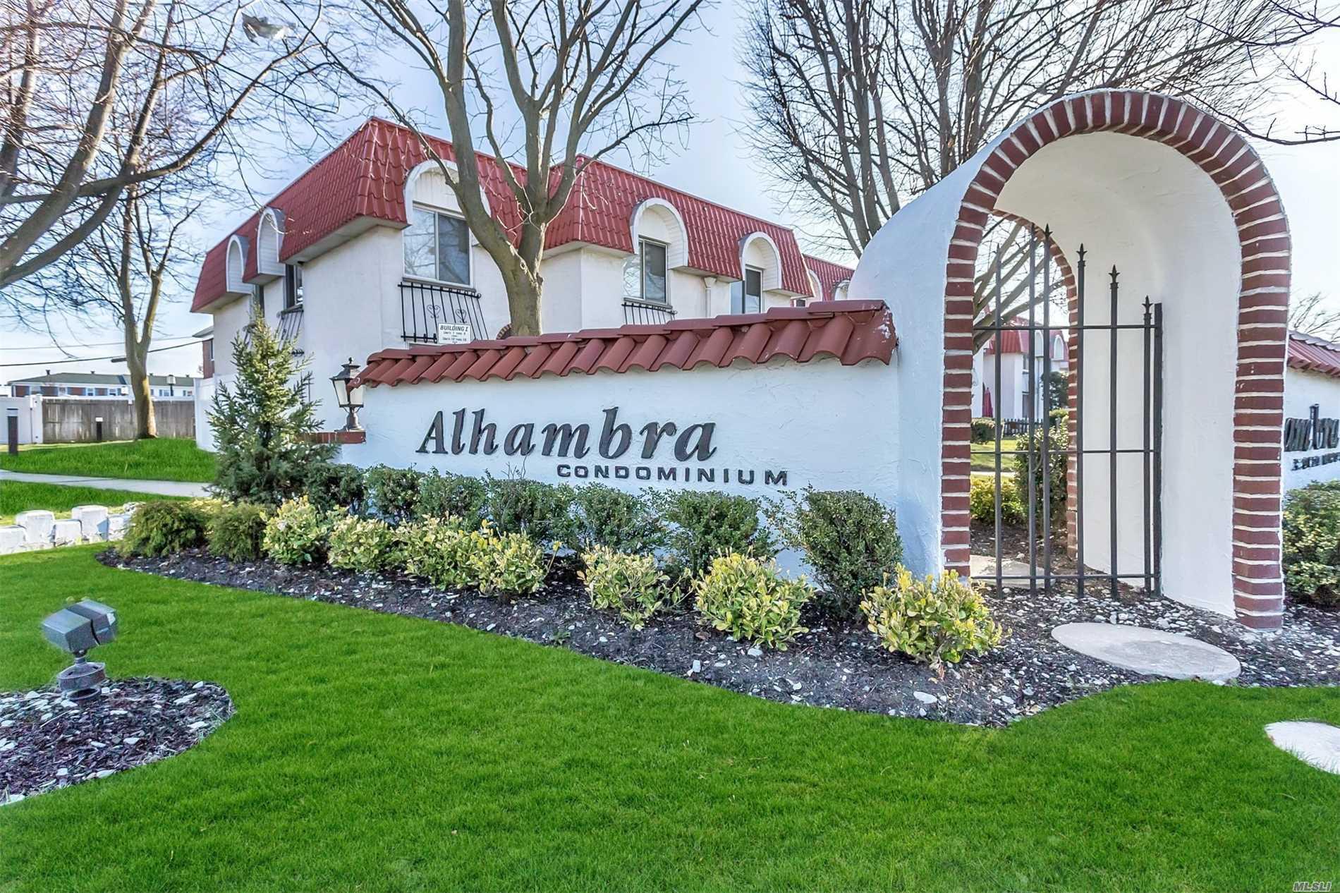 44 Alhambra Dr - Oceanside, New York