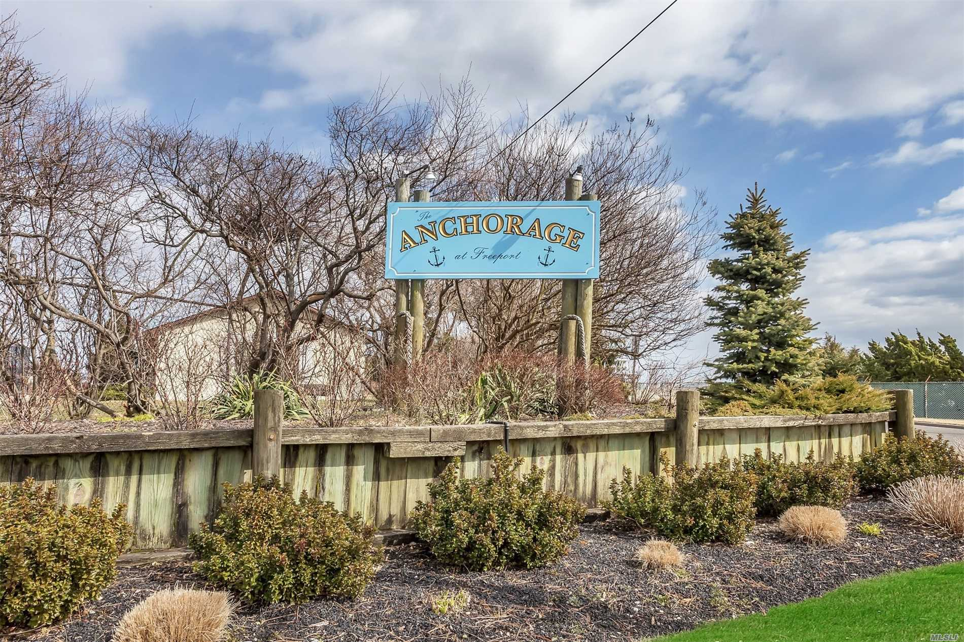 1 Anchorage Way, 409 - Freeport, New York