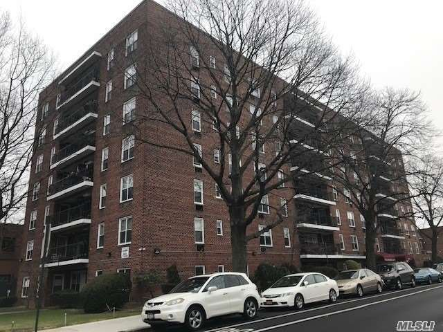 34-43 60 St, 4G - Woodside, New York