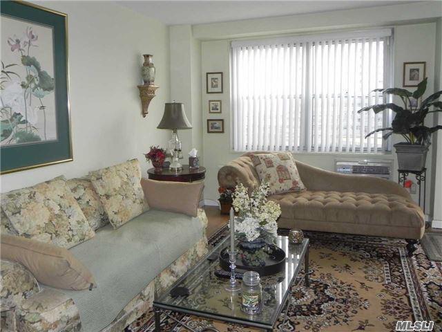 Sold: 61-15 97 St, Rego Park, NY 11374