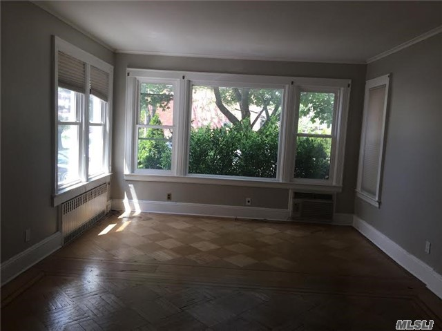 Rented: 108-18 Metropolitan Ave, Forest Hills