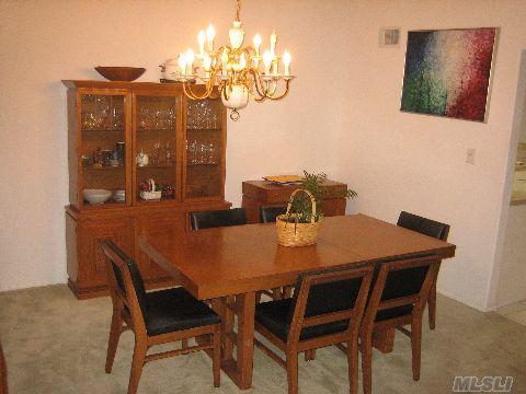 151 Glen Dr Formal Dining Room w/Skylight