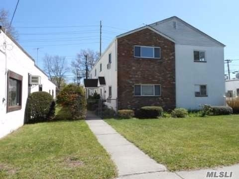 Photo of 179 Orinoco Drive # 4, Brightwaters NY 11718, Brightwaters, Ny 11718