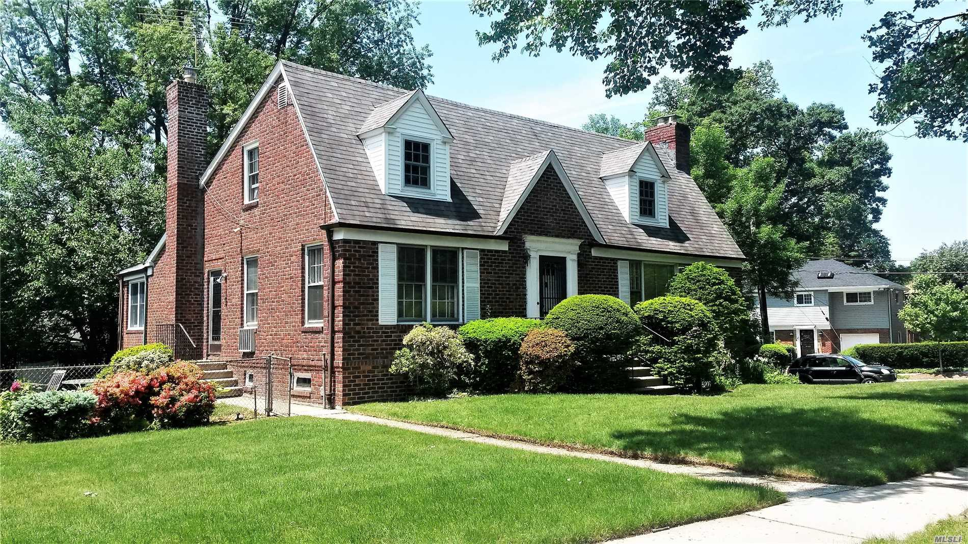 Large 112 X 105 Corner Property On A Beautiful Tree Line Street