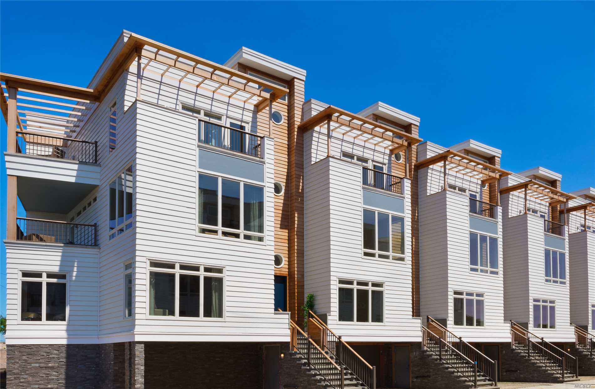 Photo of home for sale at 160 Beach 5th St, Far Rockaway NY