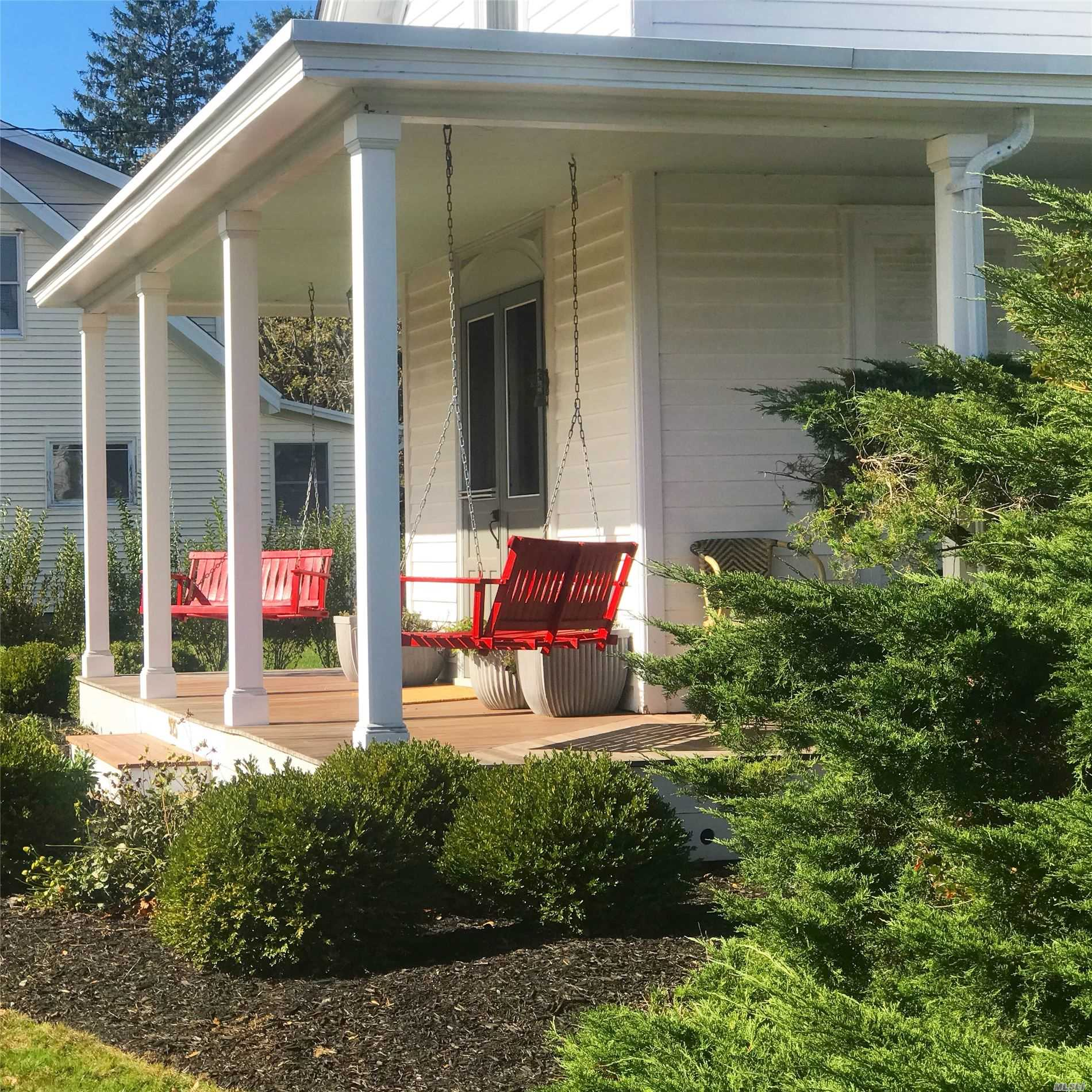 Photo of home for sale at 925 Orchard St, Orient NY