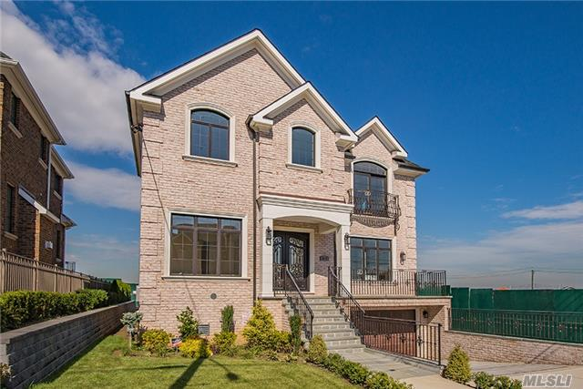 Photo of home for sale at 150-57 6th Ave, Whitestone NY