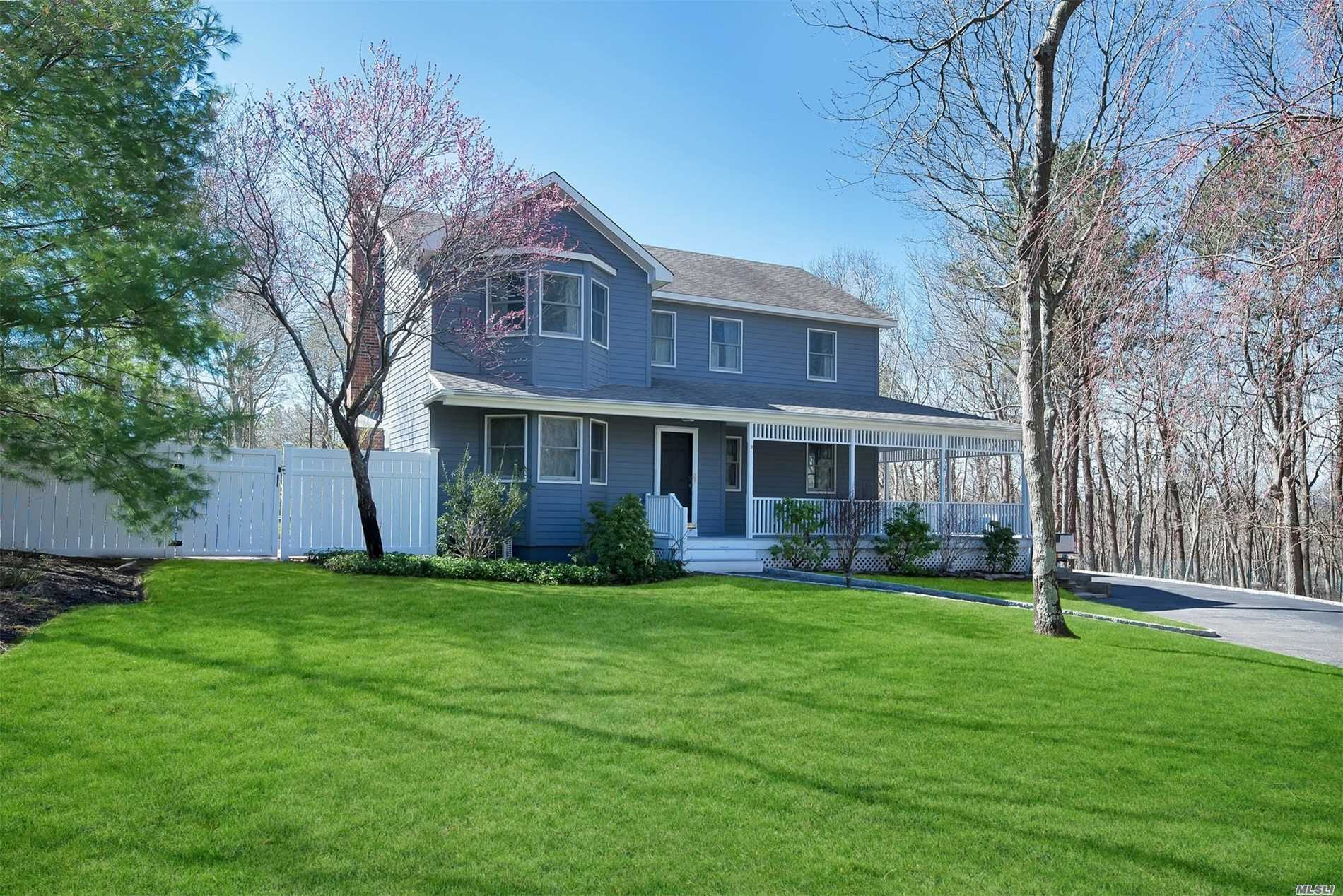 Photo of home for sale at 9 Bayview Ter, Hampton Bays NY