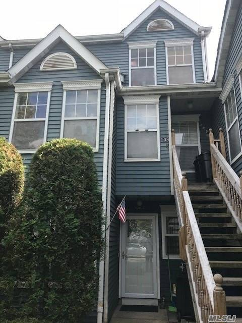 Photo of home for sale at 108 Pond Way, Richmond NY