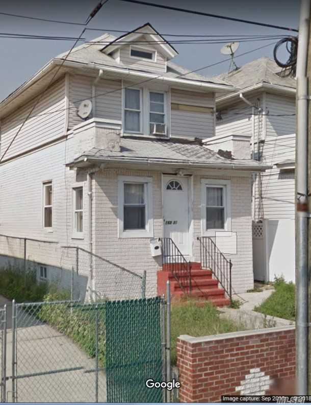 Photo of home for sale at 168-31 104 Ave, Jamaica South NY