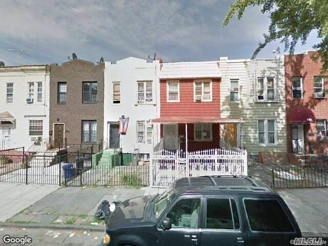 Photo of home for sale at 193 Schaefer St, Brooklyn NY