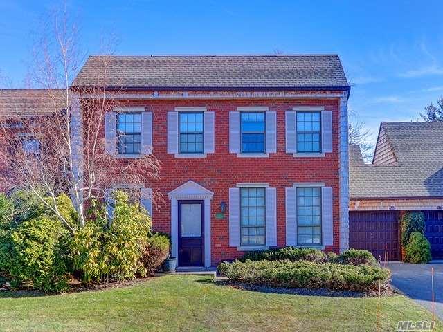 Property for sale at 142 Anchor Ln, Bay Shore,  NY 11706