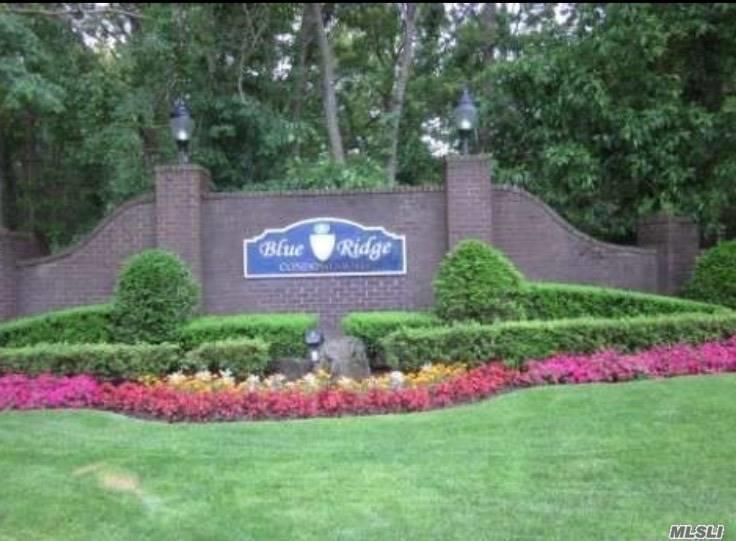 Property for sale at 109 Birchwood Rd, Medford,  NY 11763