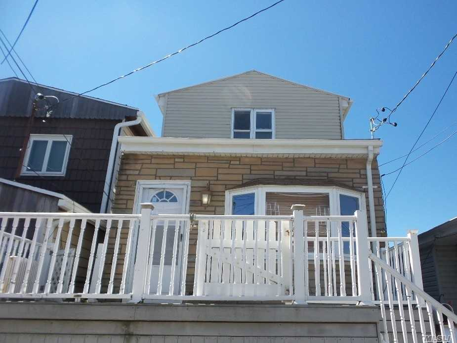 Photo of home for sale at 108 6th Rd E, Broad Channel NY